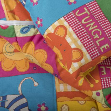 A 100% pamut gyermek ágyneműhuzat garnitúra kispárna- és paplanhuzatot tartalmaz. Állatos dzsungel mintával.