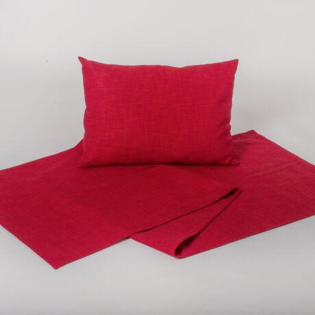 Elegáns, karakteres piros dísztermék. Az ágysál texturált dekorszövetből készül.