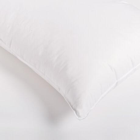 Kis pehelypárna 80-20%-os, kiváló minőségű fehér, magyar lúdpehely töltettel. Pihe-puha, formatartó termék.